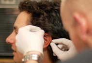 Cómo colocar un piercing en 5 pasos