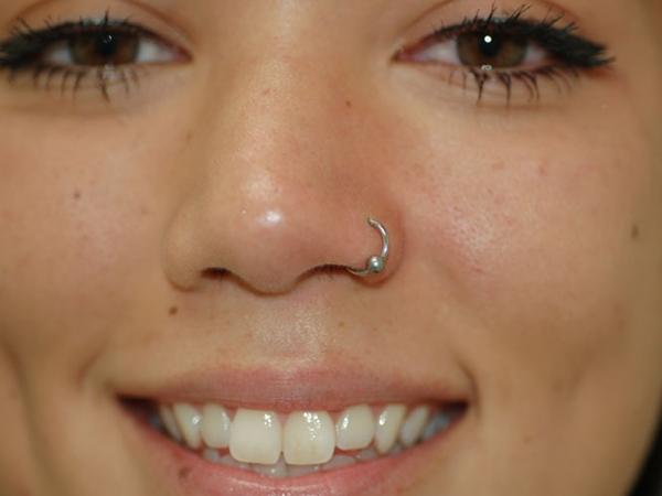 96cd59d9acf5 4 joyas para piercings en la nariz que deberías conocer