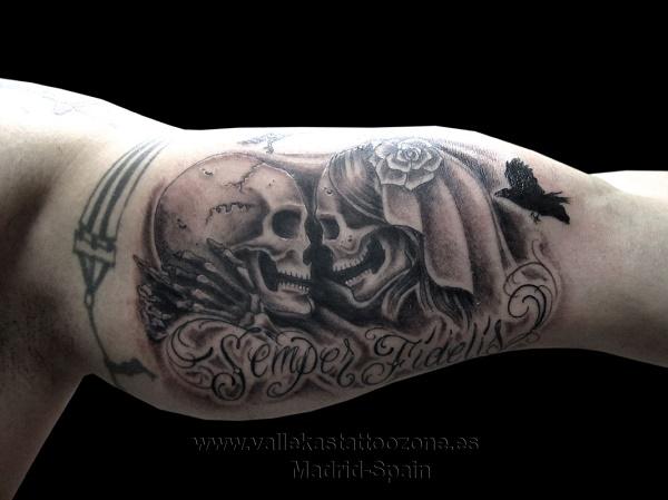 tatuaje-novios-calaveras