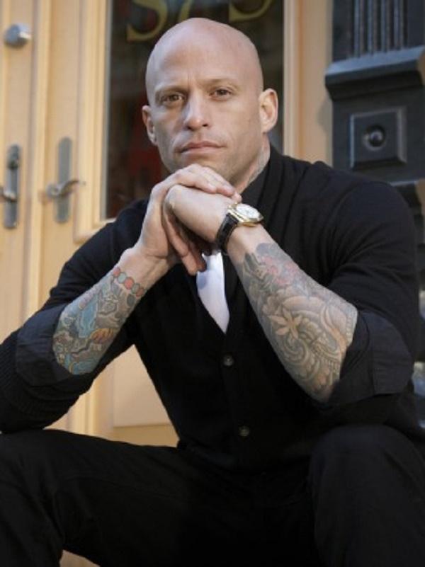 Tatuadores-caros-Ami-James